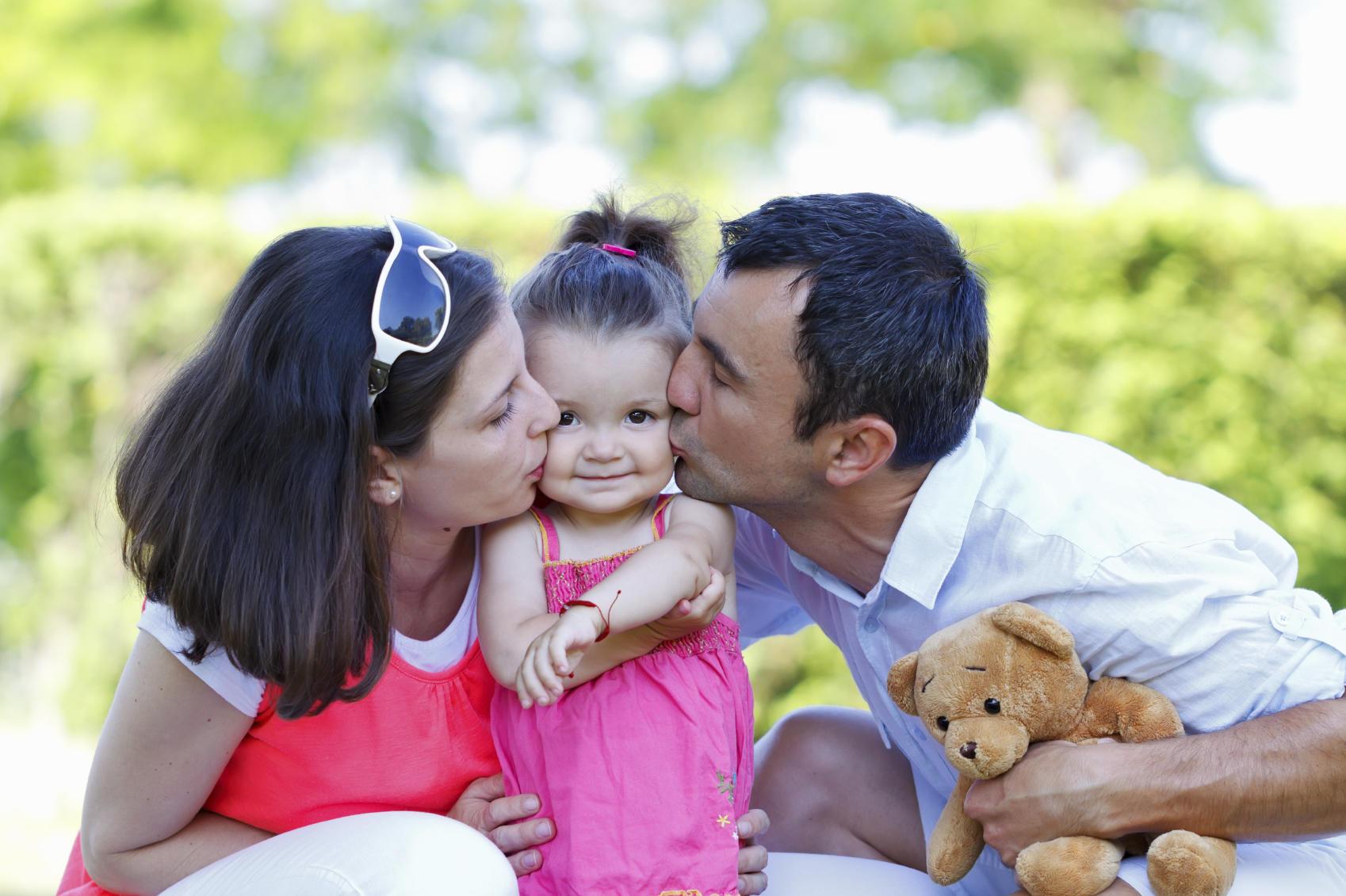 adoption-parents-child